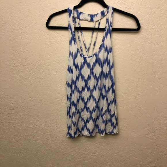 Forever 21 Tops - Diamond Graphic Tank